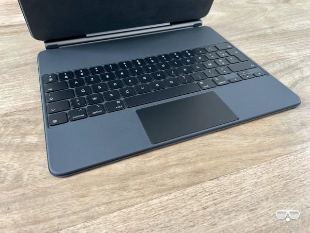 clavier ipad pro 2021 magic keyboard mugshot 1