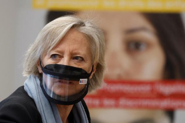 « C'est donc en responsabilité que je ne présenterai pas de liste de la majorité présidentielle dans notre Région Sud et que j'apporte mon soutien à la liste que conduit Renaud Muselier », affirme Sophie Cluzel, jeudi 13 mai 2012.