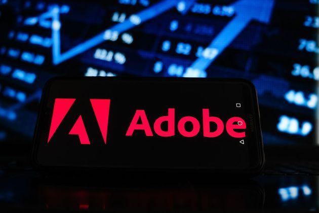 Adobe profite de son développement sur les cloud