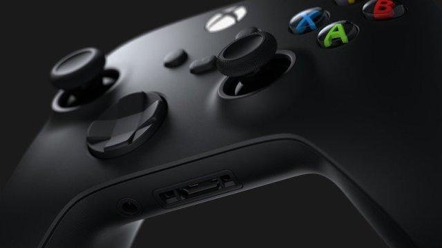 Xbox Series X Controller Hero