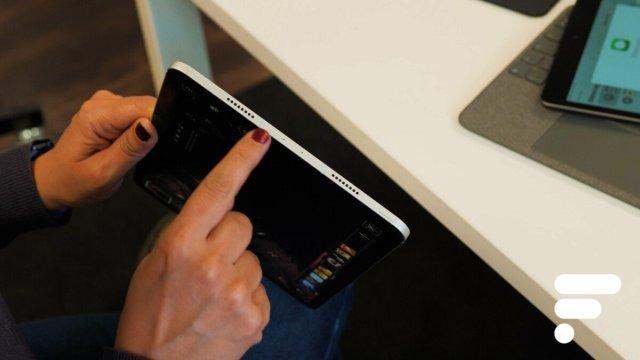 Les emplacements des haut-parleurs sur l'Apple iPad Pro 11 M1