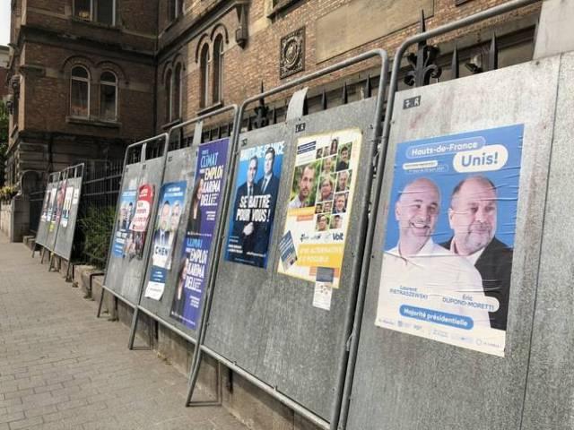 Des affiches à Armentières (Nord).