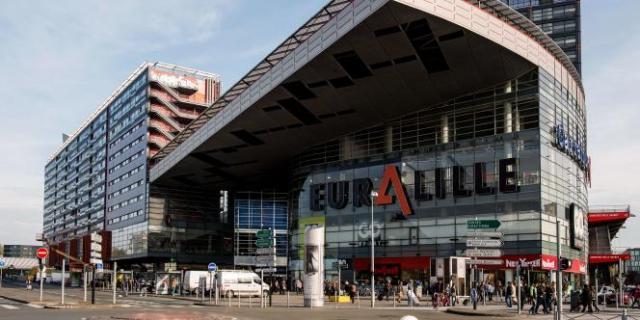 Le centre commercial Euralille, à Lille, dans le nord de la France, le 30 octobre 2014