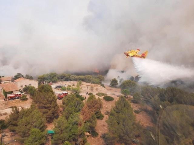 250 hectares détruits et environ 170 personnes évacuées près de Narbonne.