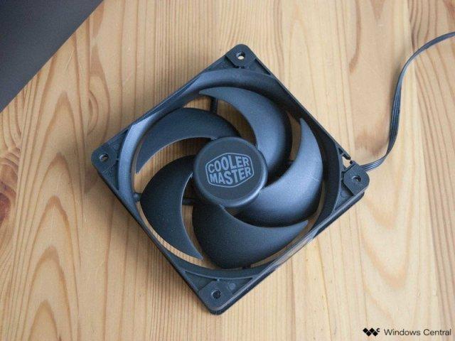 Cooler Master Silencio S400 Review