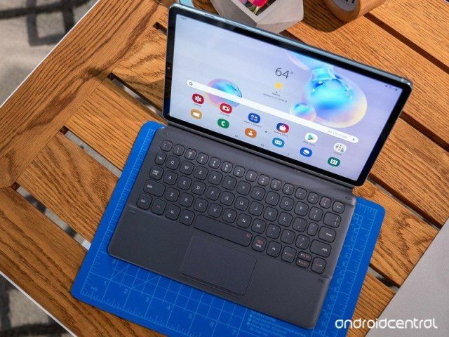 Samsung Galaxy Tab S6 with keyboard