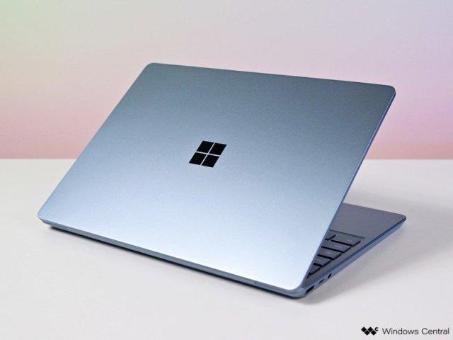 Surface Laptop Go Surface Logo