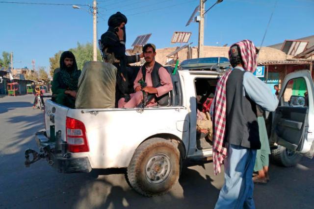 Les talibans contrôlent désormais plus d'un quart des capitales provinciales d'Afghanistan.
