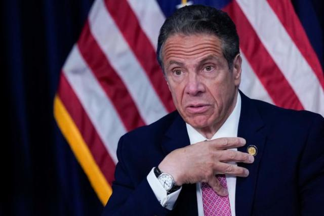 Le gouverneur de l'Etat de New York, Andrew Cuomo, lors d'une conférence de presse, lundi 10mai2021.