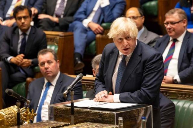 Le premier ministre britannique, Boris Johnson, s'exprime sur la situation en Afghanistan devant le Parlement, à Londres, le 18 août 2021.