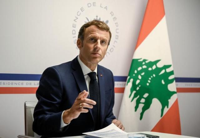 Le président français, Emmanuel Macron, lors de la conférence organisée le 4 août 2021, un an après l'explosion du port de Beyrouth.