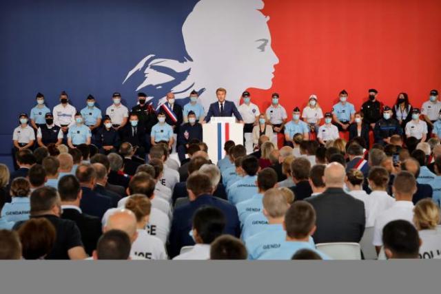 Le président de la République, Emmanuel Macron, lors d'un discours à l'académie de police deRoubaix (Nord), le 14 septembre 2021.