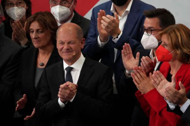 Olaf Scholz, le prétendant du SPD à la chancellerie, à Berlin, le 26 septembre 2021, après l'annonce des premiers résultats.