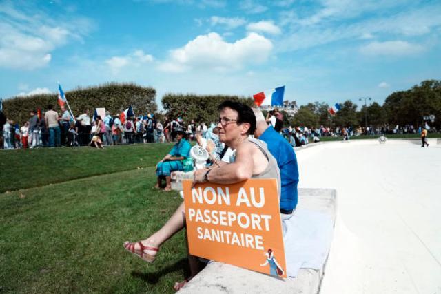 Manifestation contre le passe sanitaire, à Paris, le 4septembre.