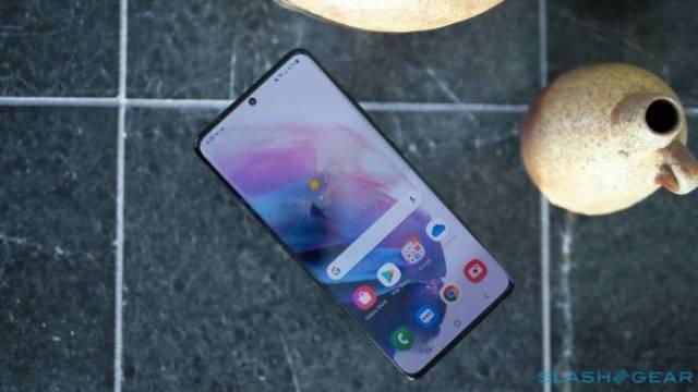 Samsung Galaxy S21 FE Concept Image