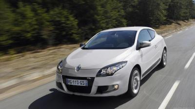 Renault Megane 3 Phase 2 Coupe Expression Energy Tce 115 S S Technical Specs Dimensions