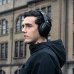 ASUS ROG Strix Go BT – Casquer Gamer sans Fil Bluetooth avec Technologie Audio Qualcomm aptX™, Technologie ANC, AI-Mic, Faible Latence, et Compatible avec PC, Nintendo Switch, Smartphones et PS5