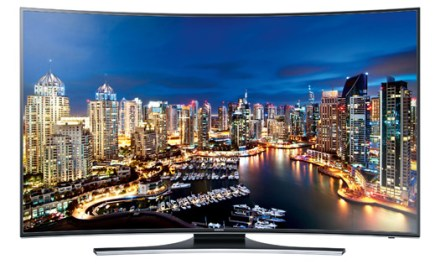 Samsung HU7100 & HU7200: 4K-Curved-TVs vorgestellt
