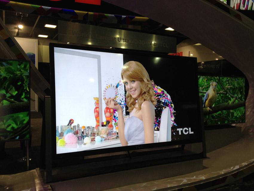 TCL-Ultra-HDTV-110zoll-3D-a