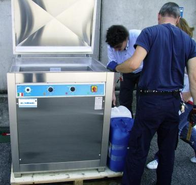 lavaggio ultrasuoni pezzi di precisione