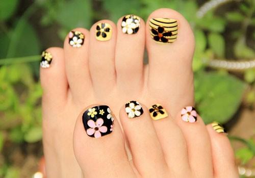 Cute Toe Nail Art 19