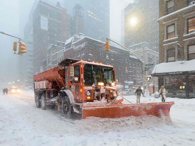 Incredible Photographs of New York City Winter Storm-d