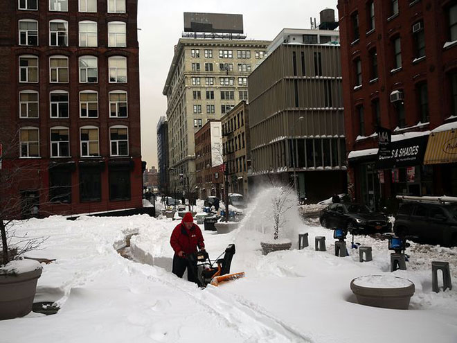 Incredible Photographs of New York City Winter Storm