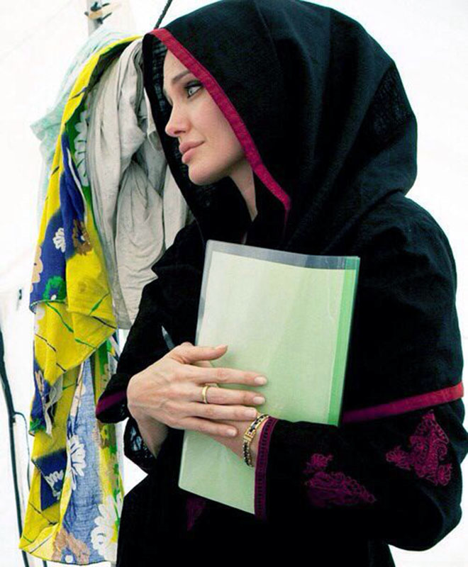 female celebs Angelina Jolie in Hijab