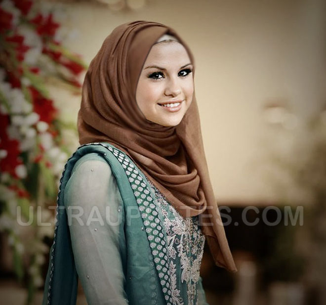 hollywood female celebs selina gomez in Hijab