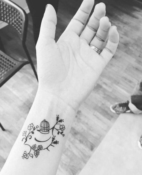 hot wrist tattoos