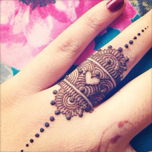 easy henna design for fingers