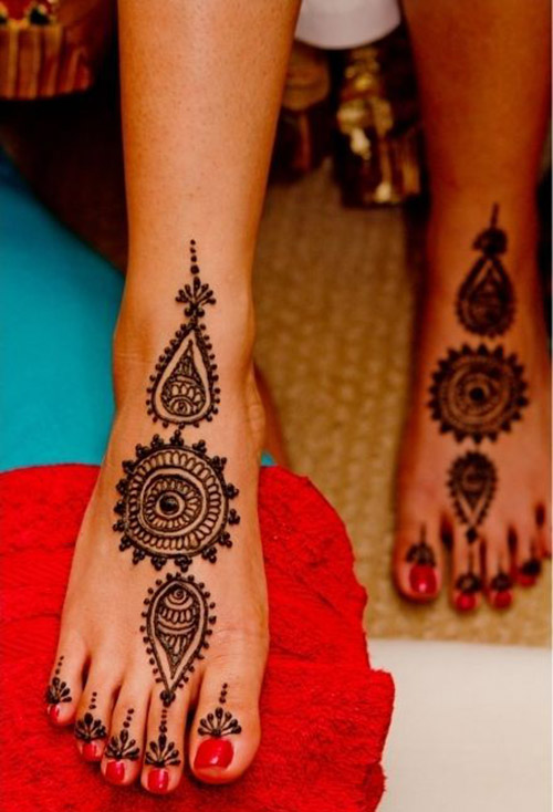 simple mehndi designs for feet