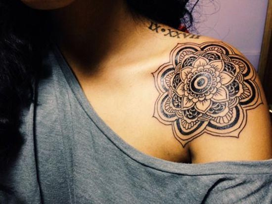 simple henna tattoos designs for shoulder