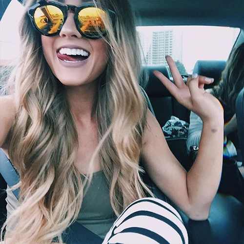 stylish selfie poses for girl