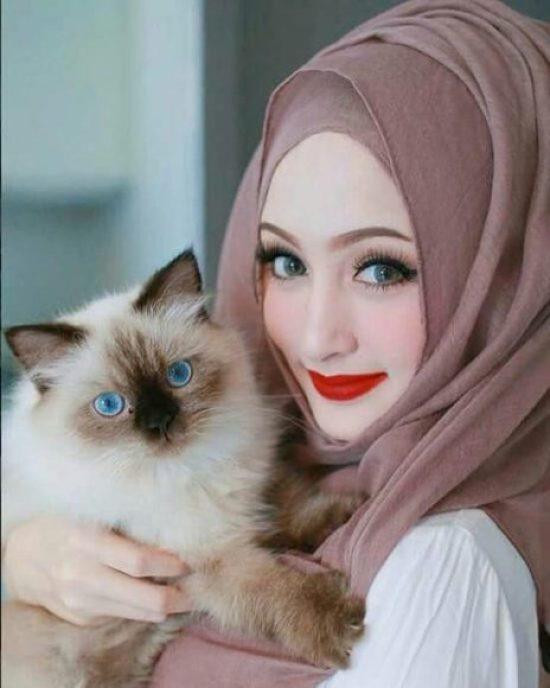 cute muslim girl dp