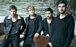 Kodaline, que alcançou terceiro lugar na parada britânica, espera por benção do U2