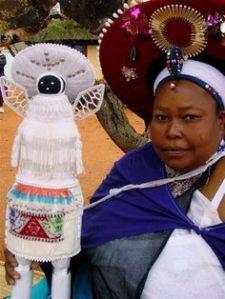 Siyazama doll maker, Lolobile Ximba