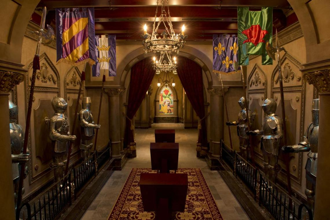 Be Our Guest Restaurant Hallway  (David Roark, photographer) photo(c)Disney_0