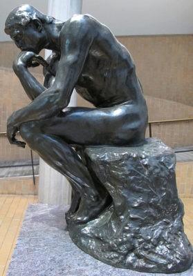 rodin il pensatore seduti