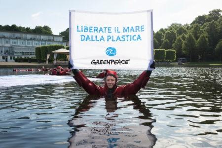 greenpeace plastic radar oceani liberate il mare invasione della plastica