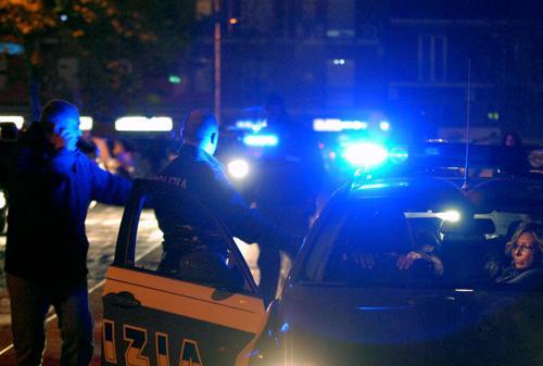 Ladro colpisce al volto dipendente di un bar a Terni, ruba incasso e scappa