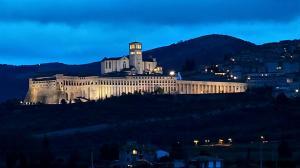 Panorama-Assisi-tardo-pomeriggio-inverno-gennaio-2014-Bastilica-San-Francesco-2