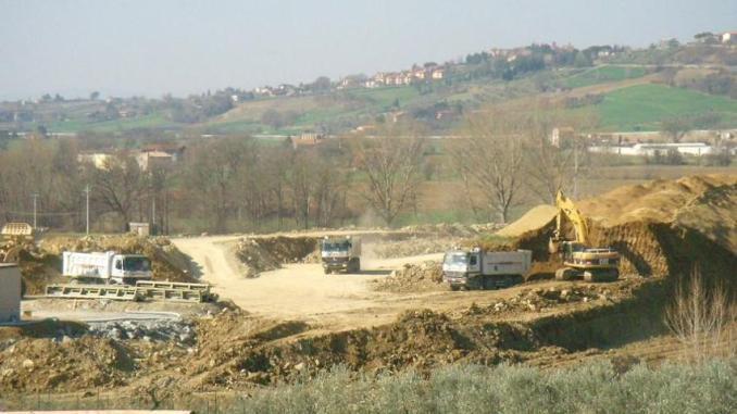 Perugia-Ancona, tratto Valfabbrica-Casacastalda a primavera 2016 sarà completato