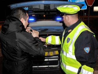 Controlli notturni della stradale di Perugia, 4 persone denunciate, guidavano ubriachi