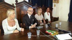 Sindaco Claudio Ricci presenta donne assessori2