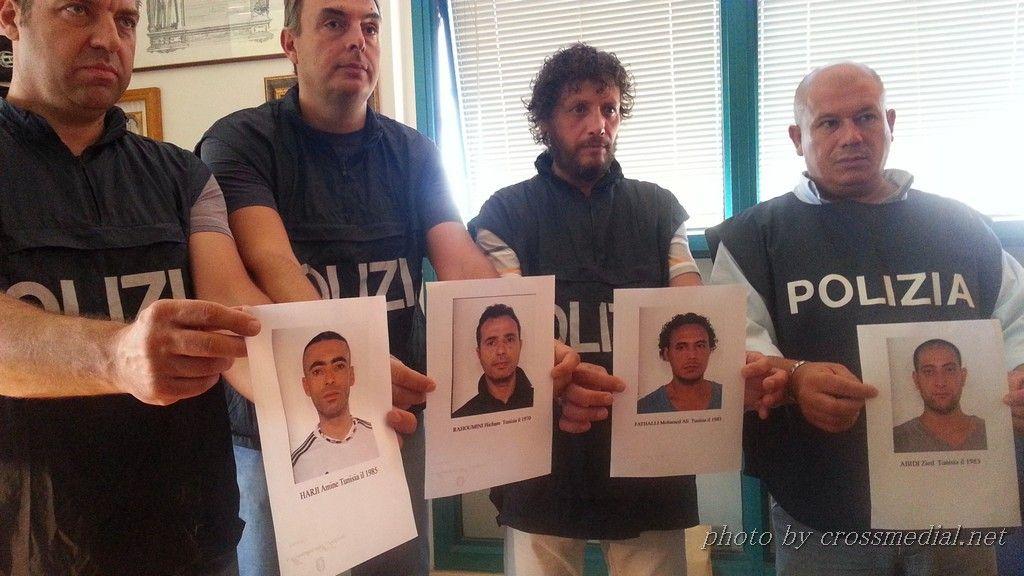 conferenza-4-arresti (6) - Copia