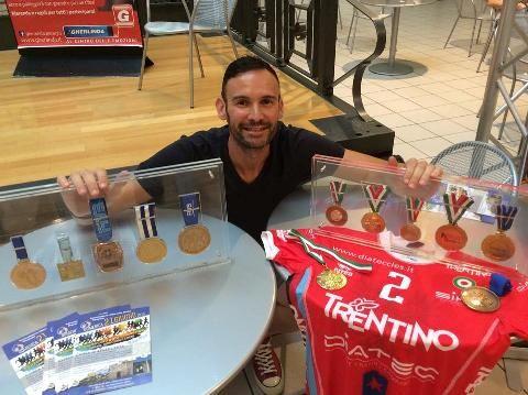 Giacomo Sintini e le medaglie vinte durante la sua carriera nella pallavolo