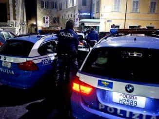 Sorpresi a spacciare nelle scalette del duomo a Perugia