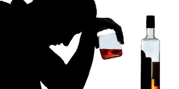 Vende alcolici ad un giovane nella notte, gestore multato a Passignano