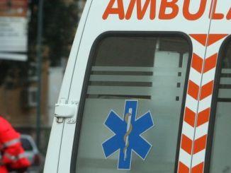 Cade mentre pota albero, muore anziano a Perugia